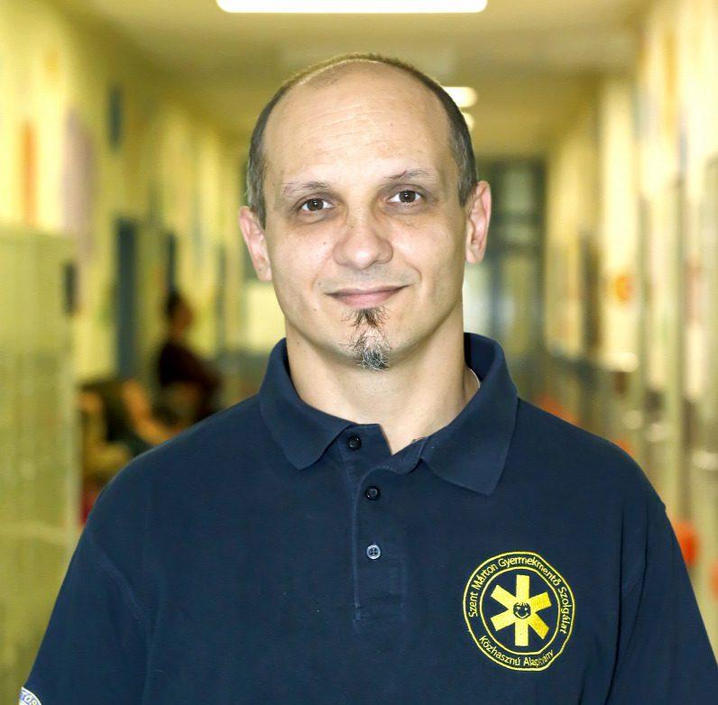 Dr. Székely Edgár